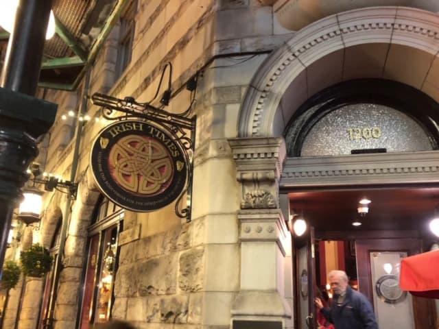 Irish Times: a great Irish Pub for dinner, drinks, and live Irish tunes!
