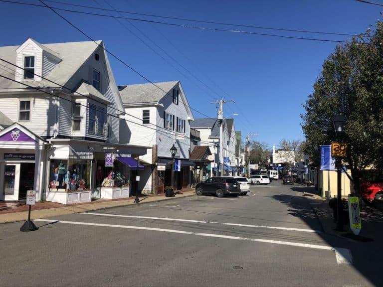 Downtown Vineyard Haven Shops